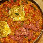 Paella met kabeljauw en chorizo 1